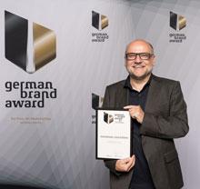 Wilfried Lembert mit dem Preis