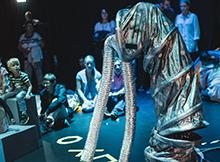 Foto: auf der Bühne, Röhren, Publikum